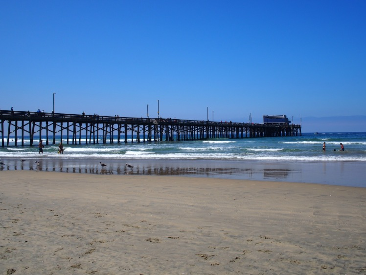 the ever-so-aesthetic Newport Pier- Newport Beach 11:15am