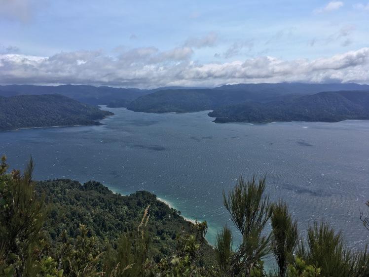 Lake Waikaremoana from 1,000m high!