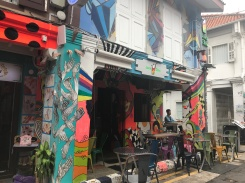 Adding a little bit of POP to my life, one cafe at a time//Haji Lane, Arab Street