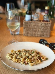 Another meal at Obica Mozzarella Bar in Roppongi Hills, and this time with a glass of Prosecco. This was the pasta of the day: octopus ragu oricchiette with shishito peppers.