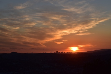 Majestic sunset ft. silhouette of the city // Eagle Rock, California