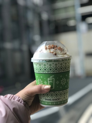 What better way to get in the Christmas mood than a gingerbread frozen custard // Shake Shack, Ebisu