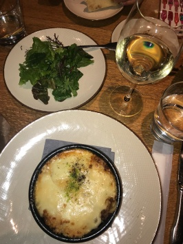 A picture perfect lasagna, a salad for color and a glass of sparkling to make me happy // Obica Mozzarella Bar, Roppongi Hills